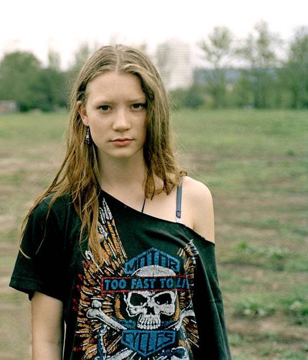 Brain Farts Follows: Mia Wasikowska