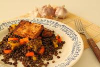 cockovy salat s tofu, mangem, mrkvi