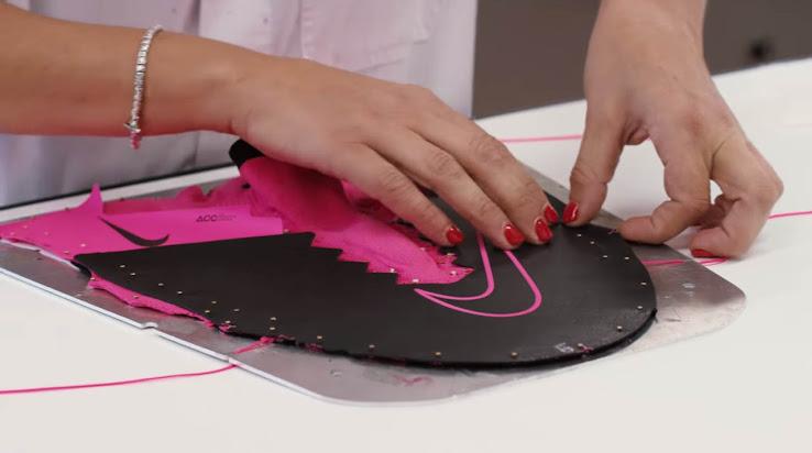 Así se fabrican los nuevos botines Nike