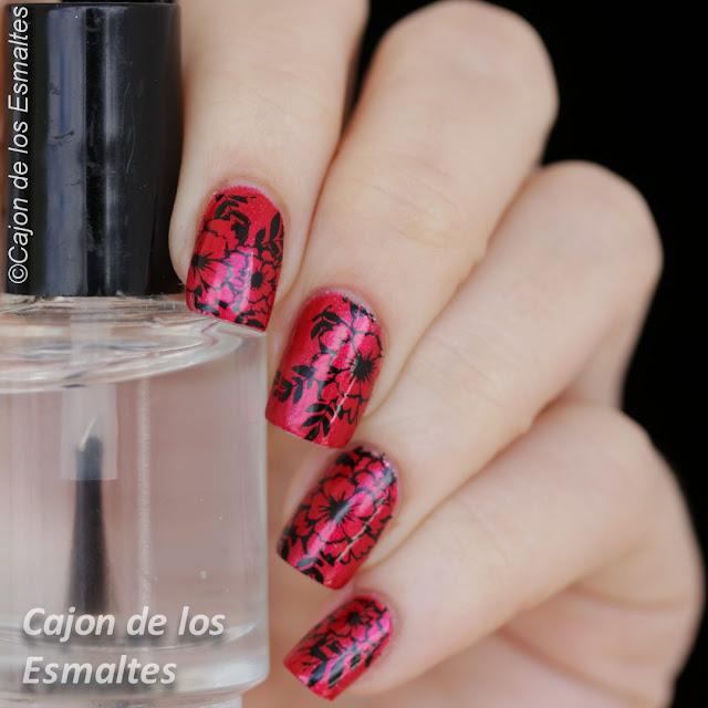 Uñas con flores - Negro y rojo