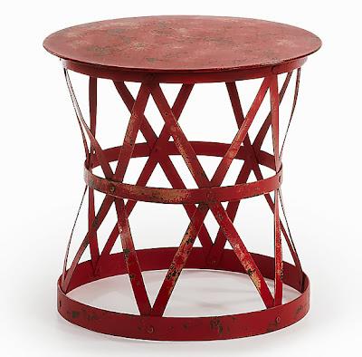 http://www.portobellostreet.es/mueble/27235/Mesa-auxiliar-roja-Vintage-Adira