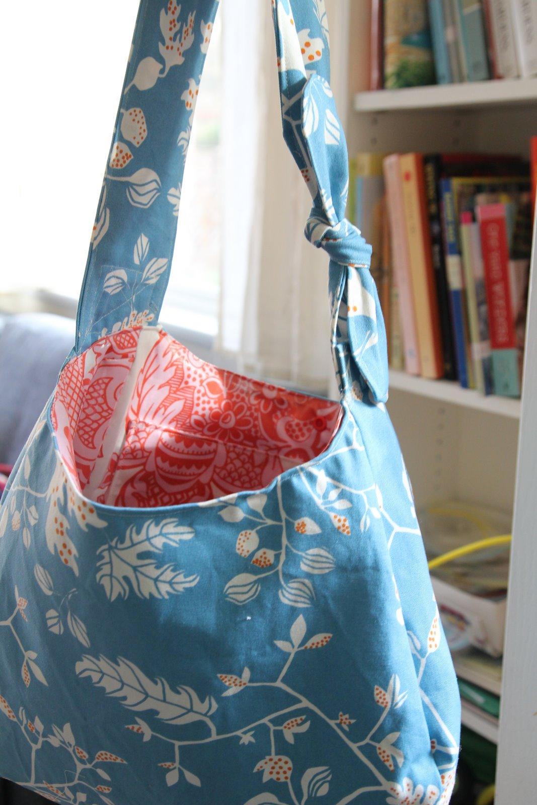 Nicolle\'s Originals: Hobo Bag as Diaper Bag