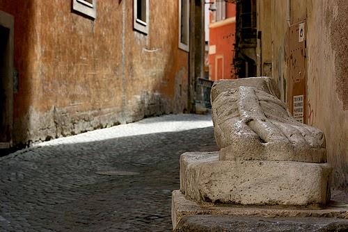 LE STATUE PARLANTI: sculture antiche nel centro di Roma