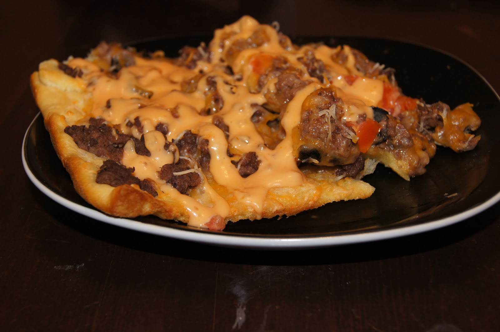 Jan 28, · Have tried with crescents and didn't like that taste – we love Taco Pizza and get them from our local Pizza Hut [which isn't on the menu, but they will make if asked].Cuisine: Mexican, American.