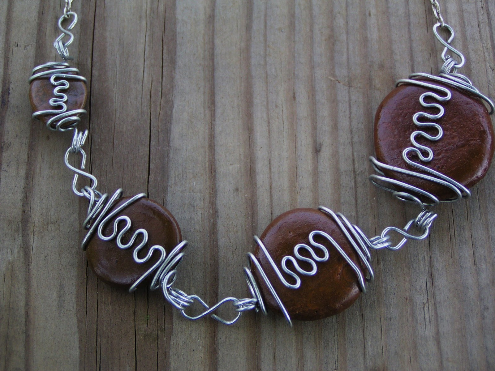 Hobbits, Horses, and Handcrafts: Tutorial: Squiggle Wire Wrapped ...