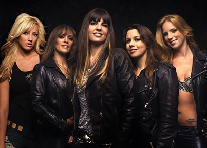 Nita Strauss Courtney Cox Femme Fatale And The Iron