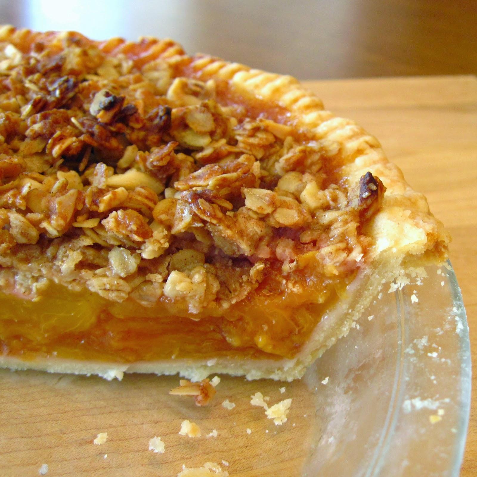http://inthekitchenwithkath.com/2010/08/16/crunchy-top-peach-pie/