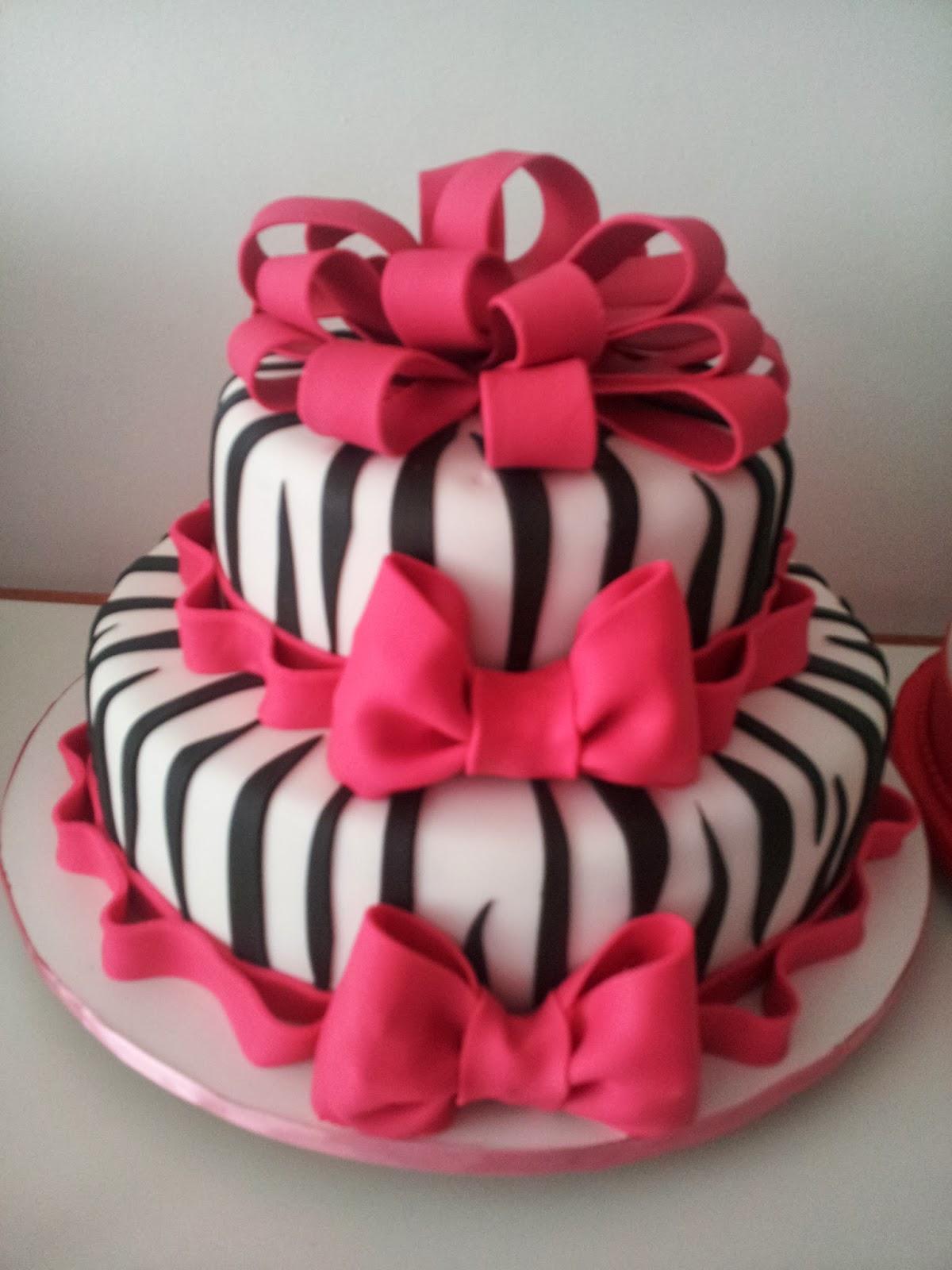 Muito Cláudia Augusta Bolos Artísticos Decorados: Bolo Zebra com Laço  OG07