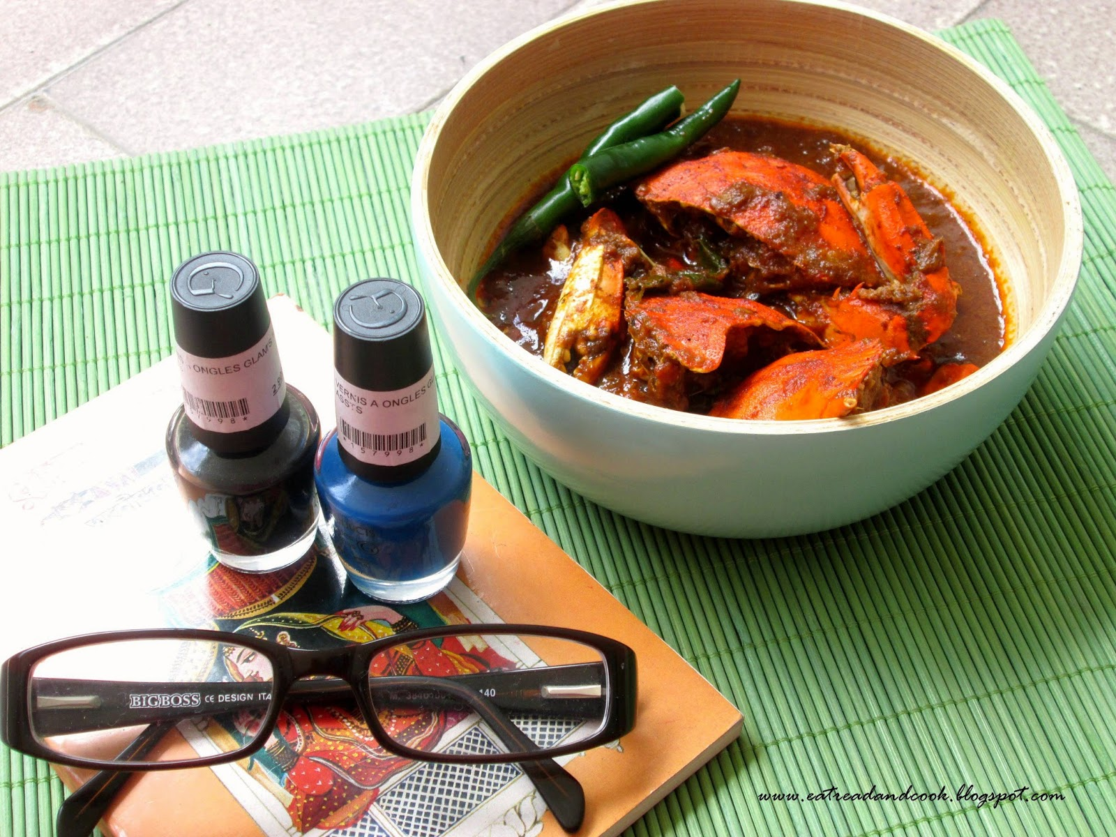 Bengali style spicy crab curry recipe