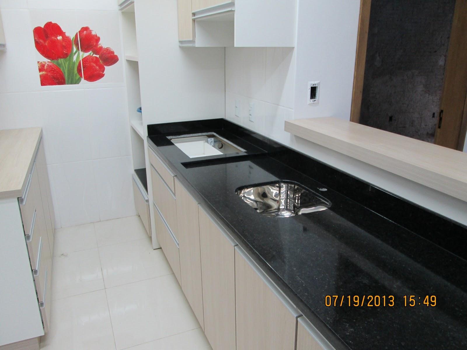 Bancada De Cozinha Granito Sao Gabriel Beyato Com V Rios  ~ Bancada Cozinha Granito Preto