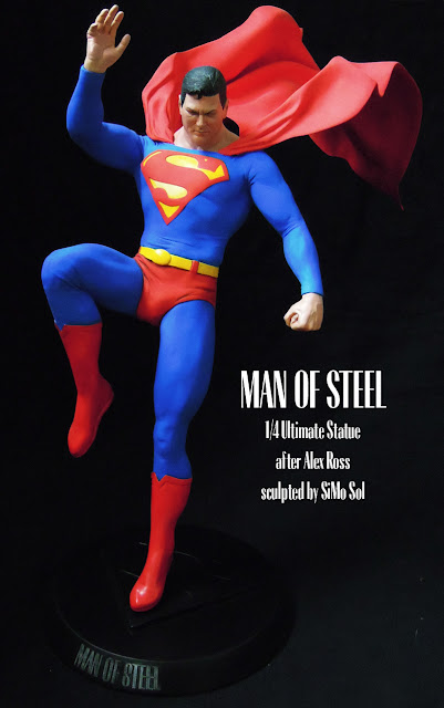 Superman Premium Format Statue - by SiMo Sol