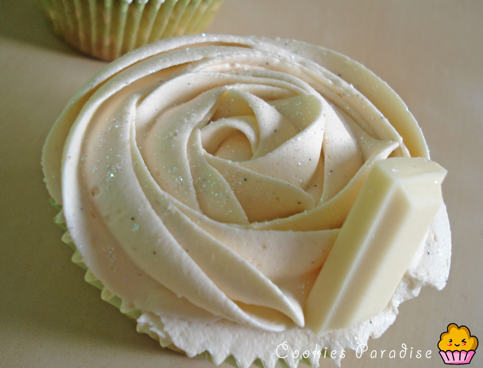 Cookies paradise cupcakes de chocolate blanco for Hornear a blanco