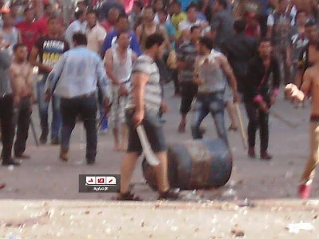 بالصور ..بلطجية يحرقون مسجد بالمنصورة