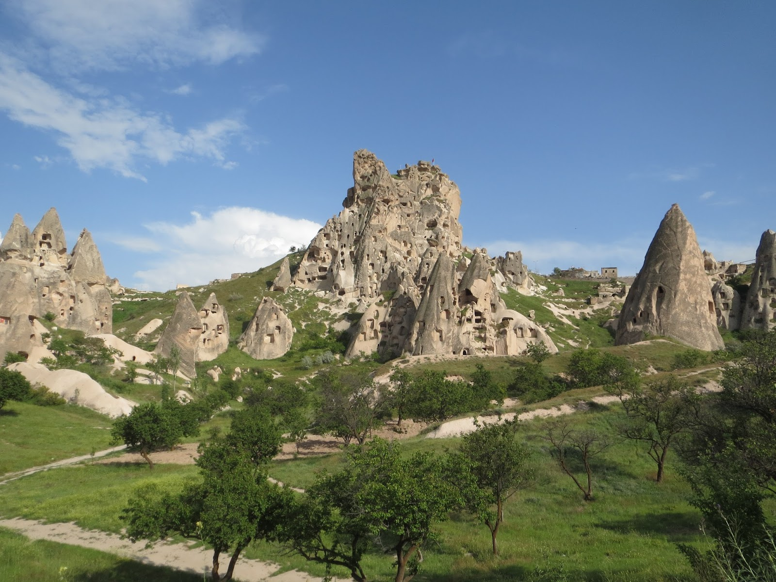 londinoupolis: Uchisar Castle, Cappadocia