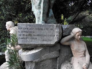 Estatua Gustavo Adolfo Becquér en Madrid