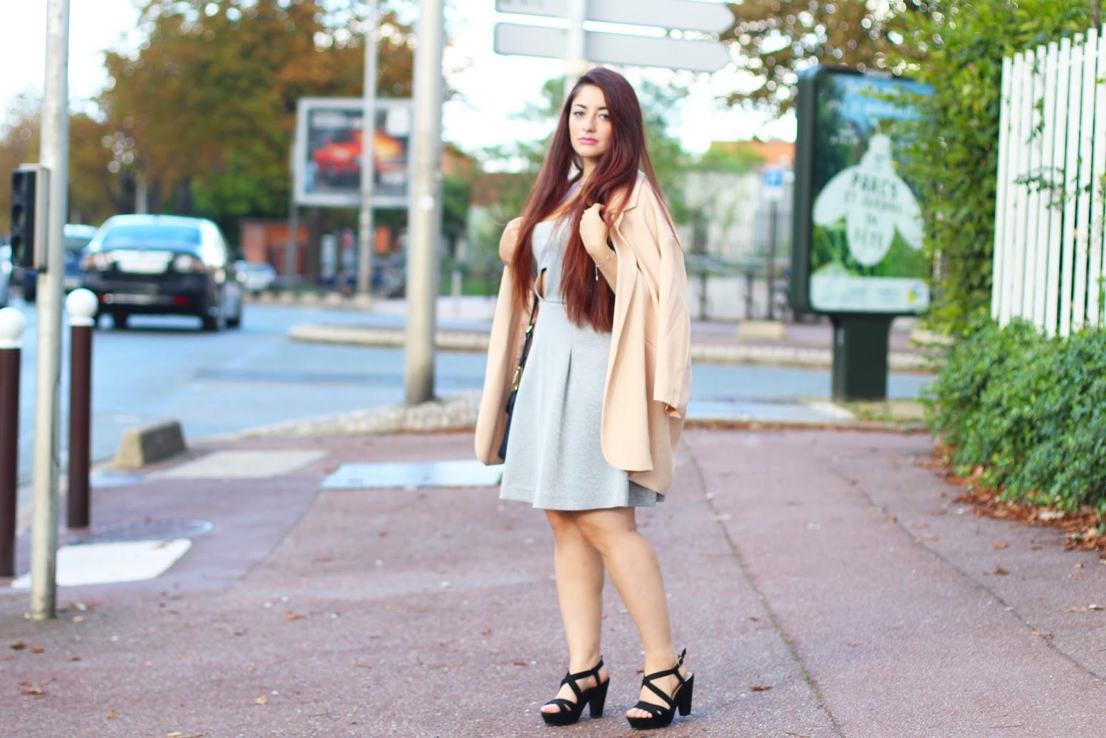 Boohoo robe rose poudree