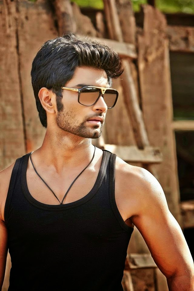 Latest six pack photo atharvaa murali telugupeopleadda atharvaa murali latest six pack photos altavistaventures Image collections