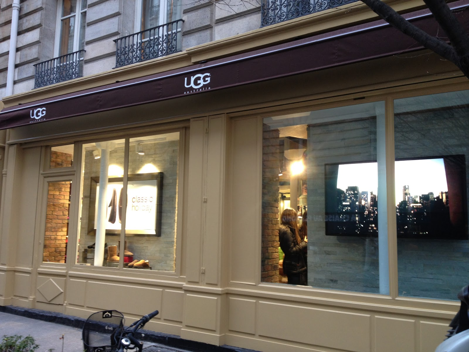boutique ugg paris horaire