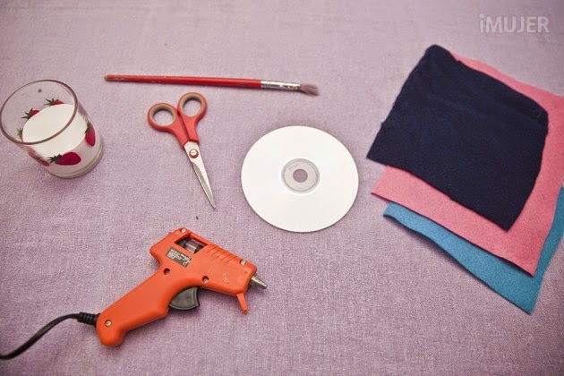 C mo hacer posavasos con cds reciclados un manitas en casa - Como hacer posavasos ...