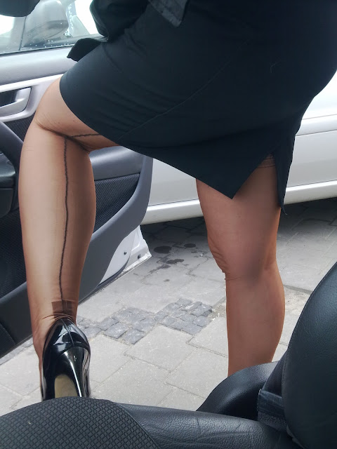 One Asian woman in particular was striking in her black stockings with seams ...