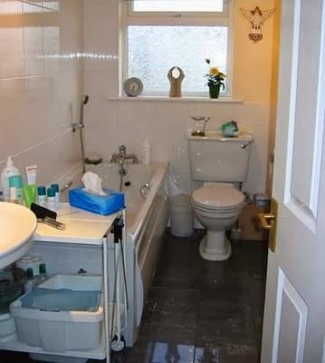 Nenek terkunci di kamar mandinya sendiri selama 3 minggu
