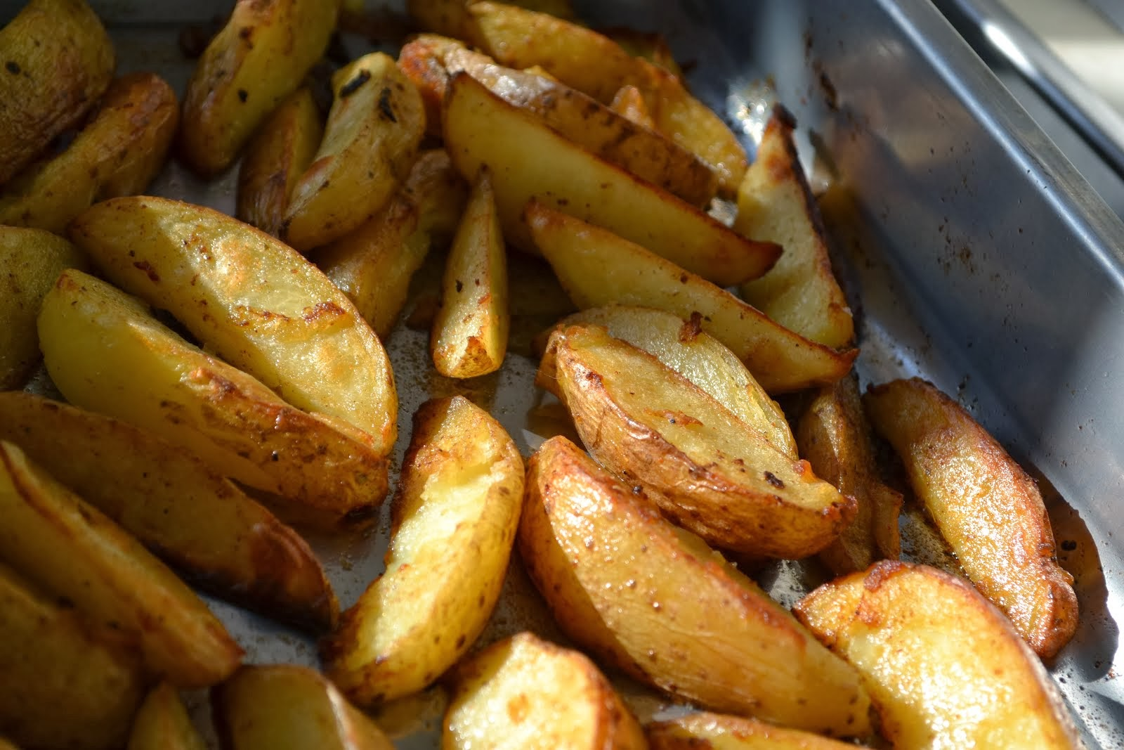 Easy Peasy Potato Wedges