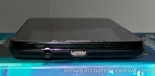 earphone jack and microUSB port on top of a Cherry Mobile Omega HD smartphone