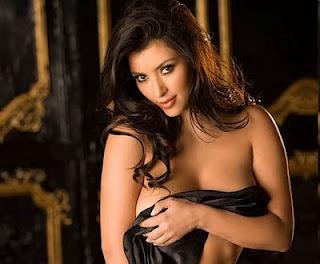 kim kardashian no clothes and sexy pics