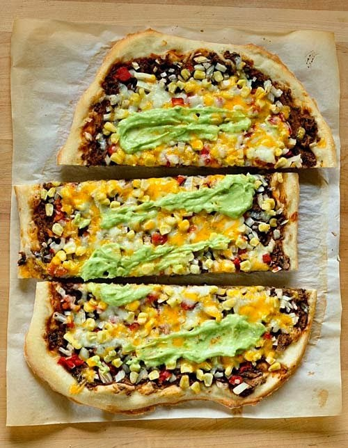 Southwestern Pizza with Black Beans and Corn | Boy Meets Bowl