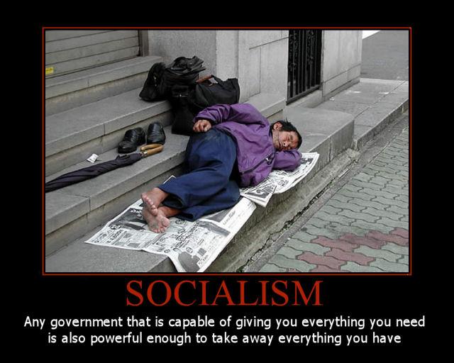 http://4.bp.blogspot.com/-1AmnJmfPZUM/TdMwNCNKJ6I/AAAAAAAAJ9k/IElM_rsarNQ/s1600/socialism_poster.jpg