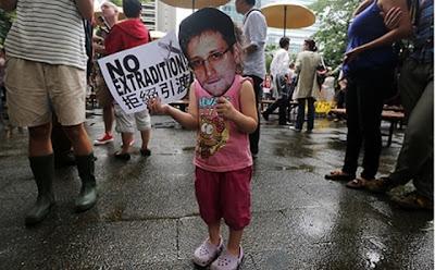 Betray Snowden, betray freedom!