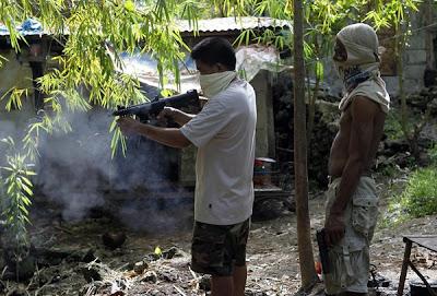 SELARAS senjata api diuji di sebuah kilang haram di Danao pada 8 Julai lalu.