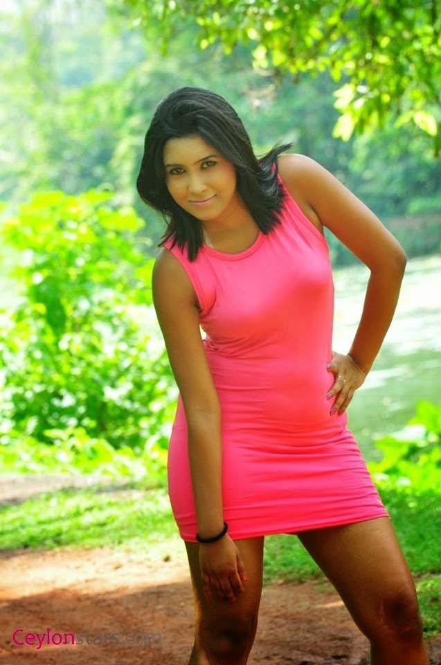 Sachi Wickramasinghe mini skirt
