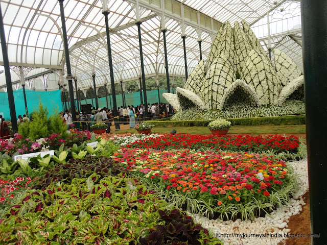 Flower show at Lalbaugh Botanical Garden