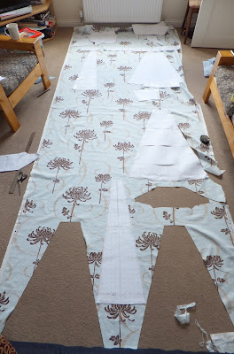 Cutting the fabric for 50's style dress
