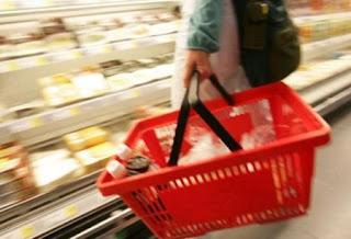 Bron: 7bespaartips.nll landvanmelkenhoning.blogspot.nl Boodschappen, comfortfood en feestmomentjes
