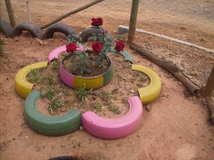 horta e jardim em pneus : horta e jardim em pneus:Reutilização de pneu em horta ou jardim
