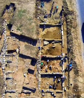Pusat beli-belah berusia 2,700 tahun ditemui