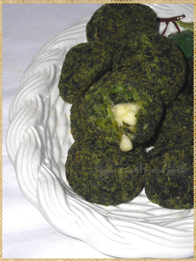 Polpettine di spinaci con provolone