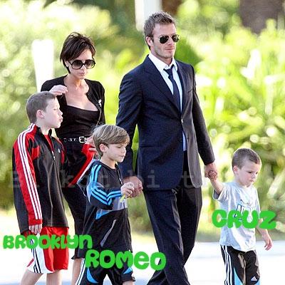 Beckham Family on Victoria   David Beckham   Iftinin Yeni   Ocu  U  Harper Seven Beckham