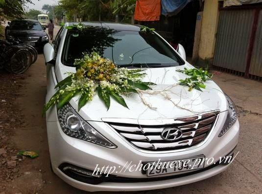Cho thuê xe cưới màu trắng Hyundai Sonata