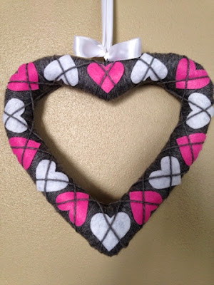 http://thriftyartsygirl.blogspot.com/2015/02/2-simple-and-sweet-argyle-heart.html
