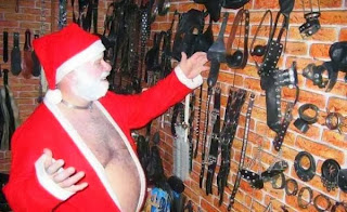 http://patricialynnlady.files.wordpress.com/2009/11/bdsm-santa-santa-claus-sex-bdsm-new-year_big.jpg