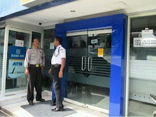 Hukum Gaji Satpam Bank