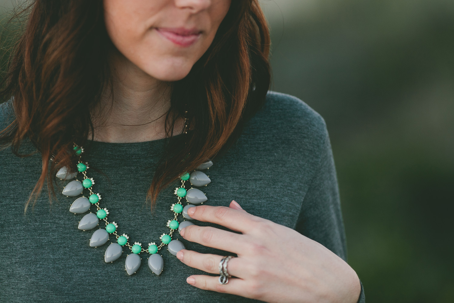 Lob with statement necklace