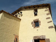 La façana de migdia de Cal Tauler