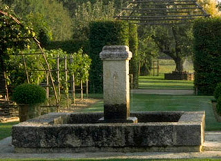 Stone Fountain and Pond via Authentic Provence as seen on linenandlavender.net
