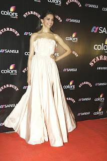 Deepika Padukone in Beautiful white Gown at Sansui Colrs Stardust Awards 2014 Must See