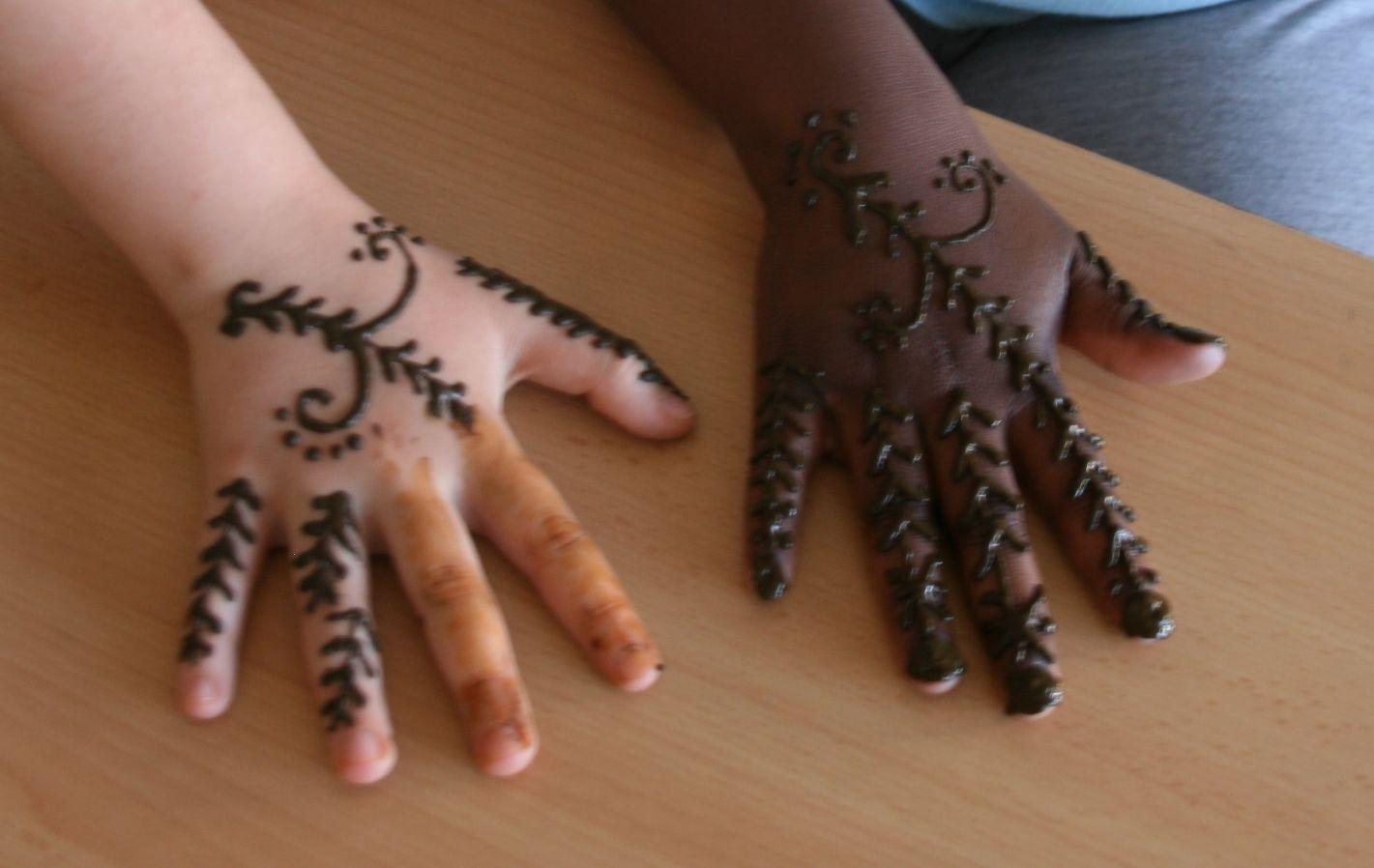 Cuenta cartas educaci n e interculturalidad artesan a y for Henna para manos