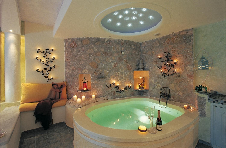 Inspiration romantique chambre coucher pour les nouveaux for Salle de bain jacuzzi